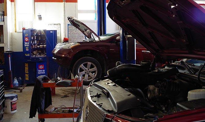 Auto Repair Service Team